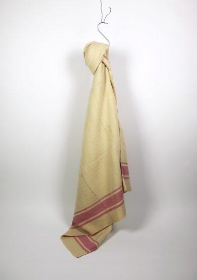 pink line/blanket/canada