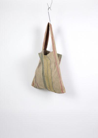 Brown remake, Navajo bag