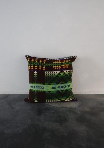 1970's , pendleton, brown.remake cushion,usa