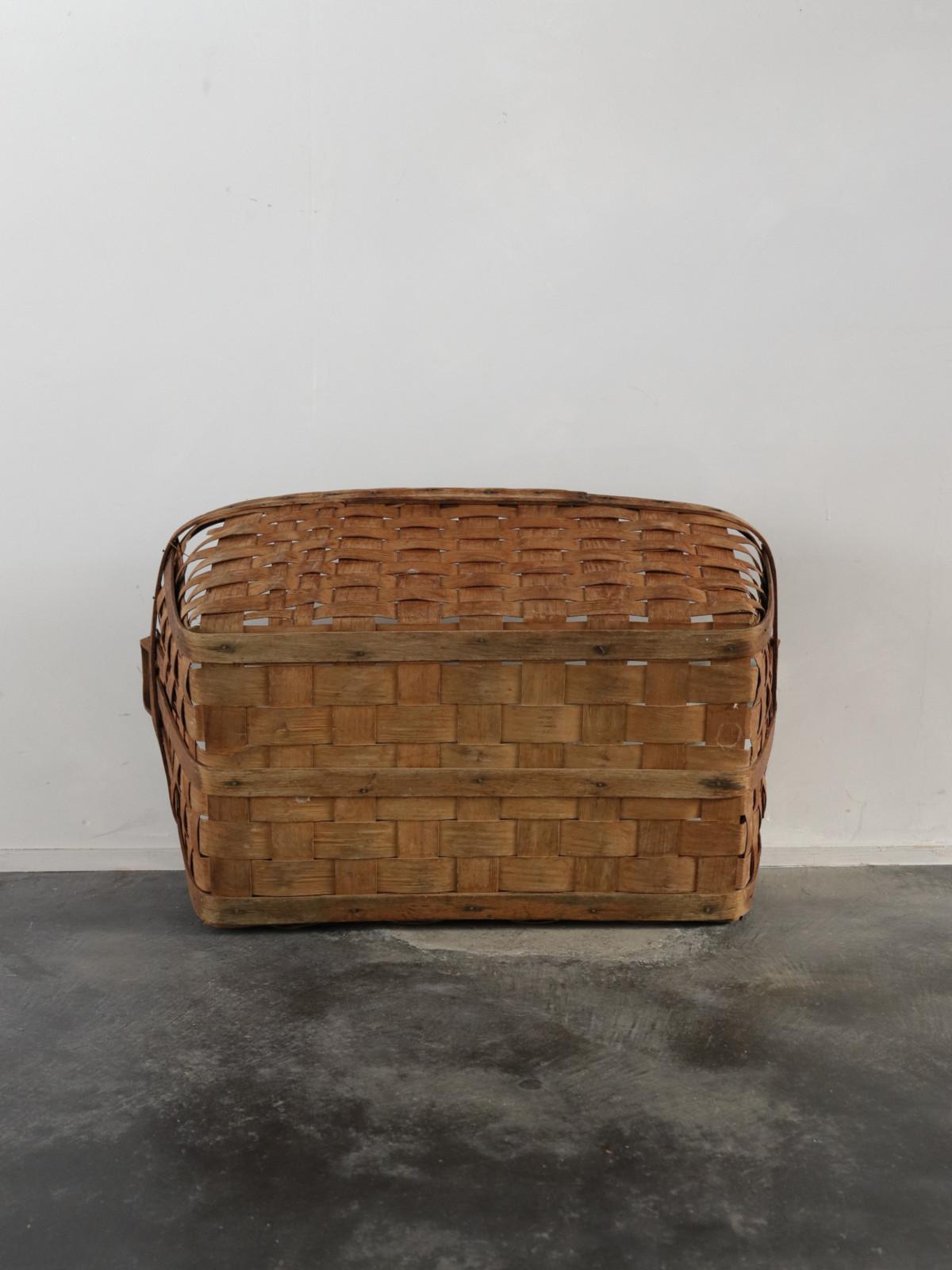1930's,laundry basket,USA,Vintage