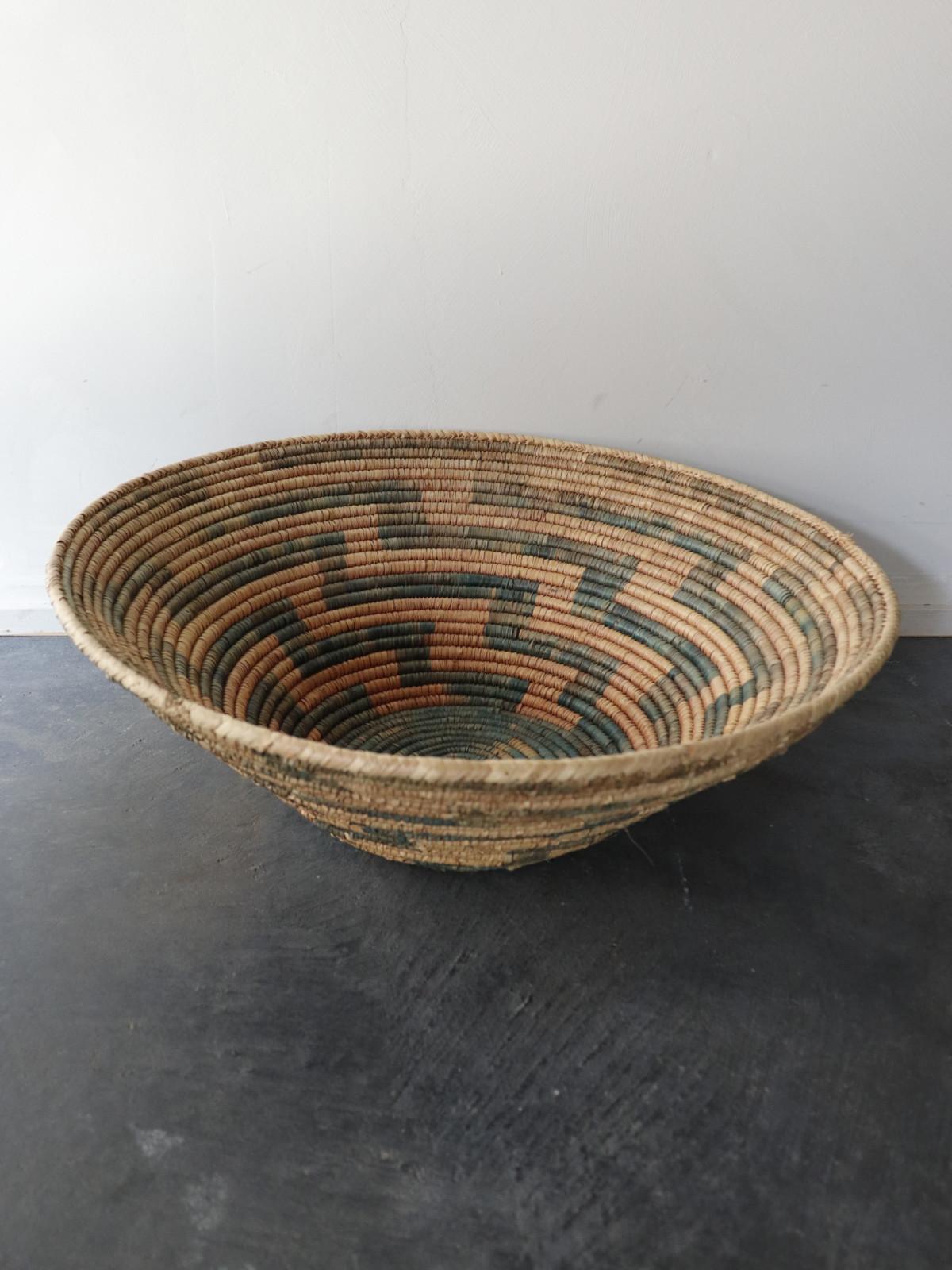 sierra leone,basket,Vintage