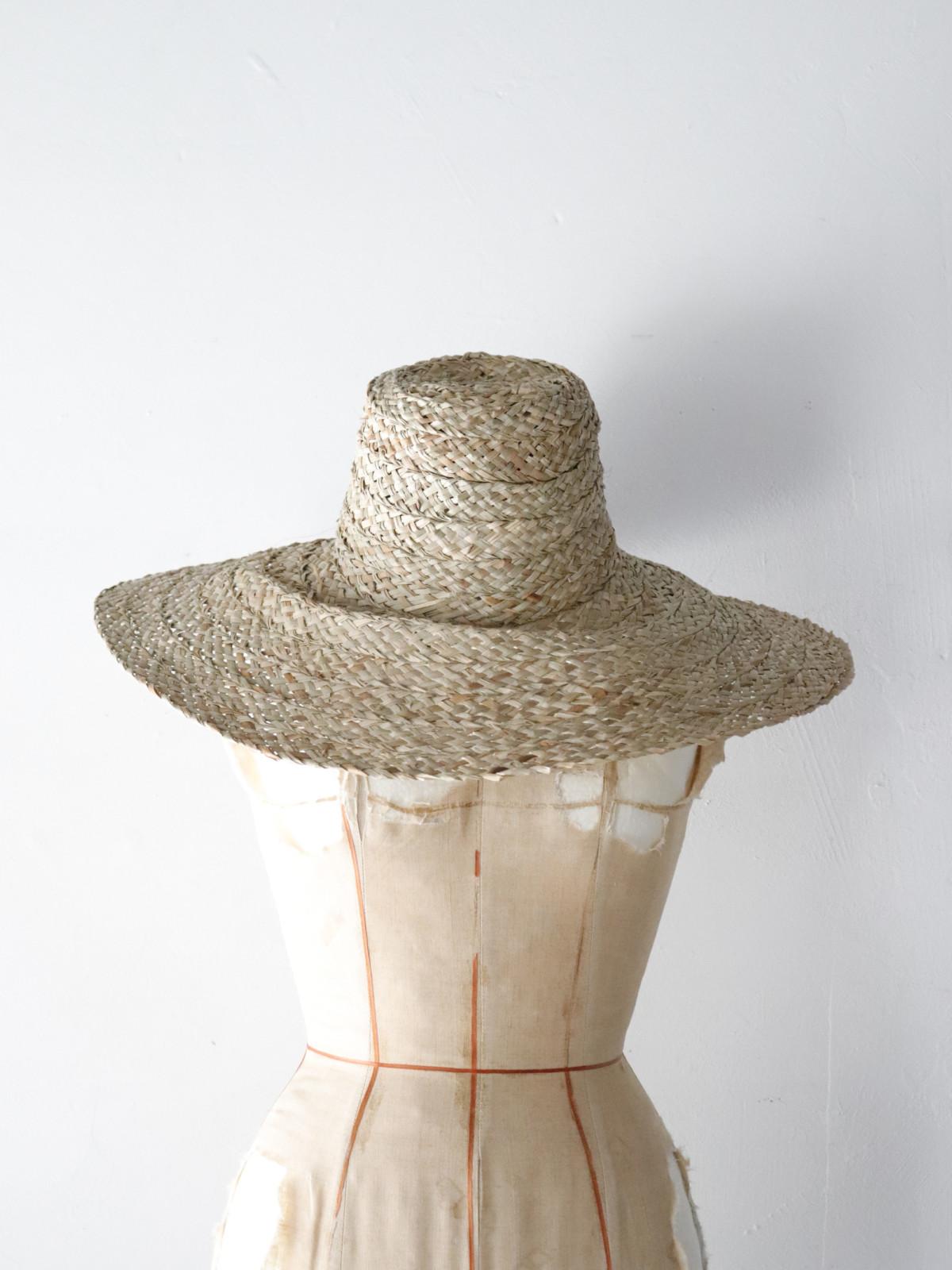 New, straw hat, Africa