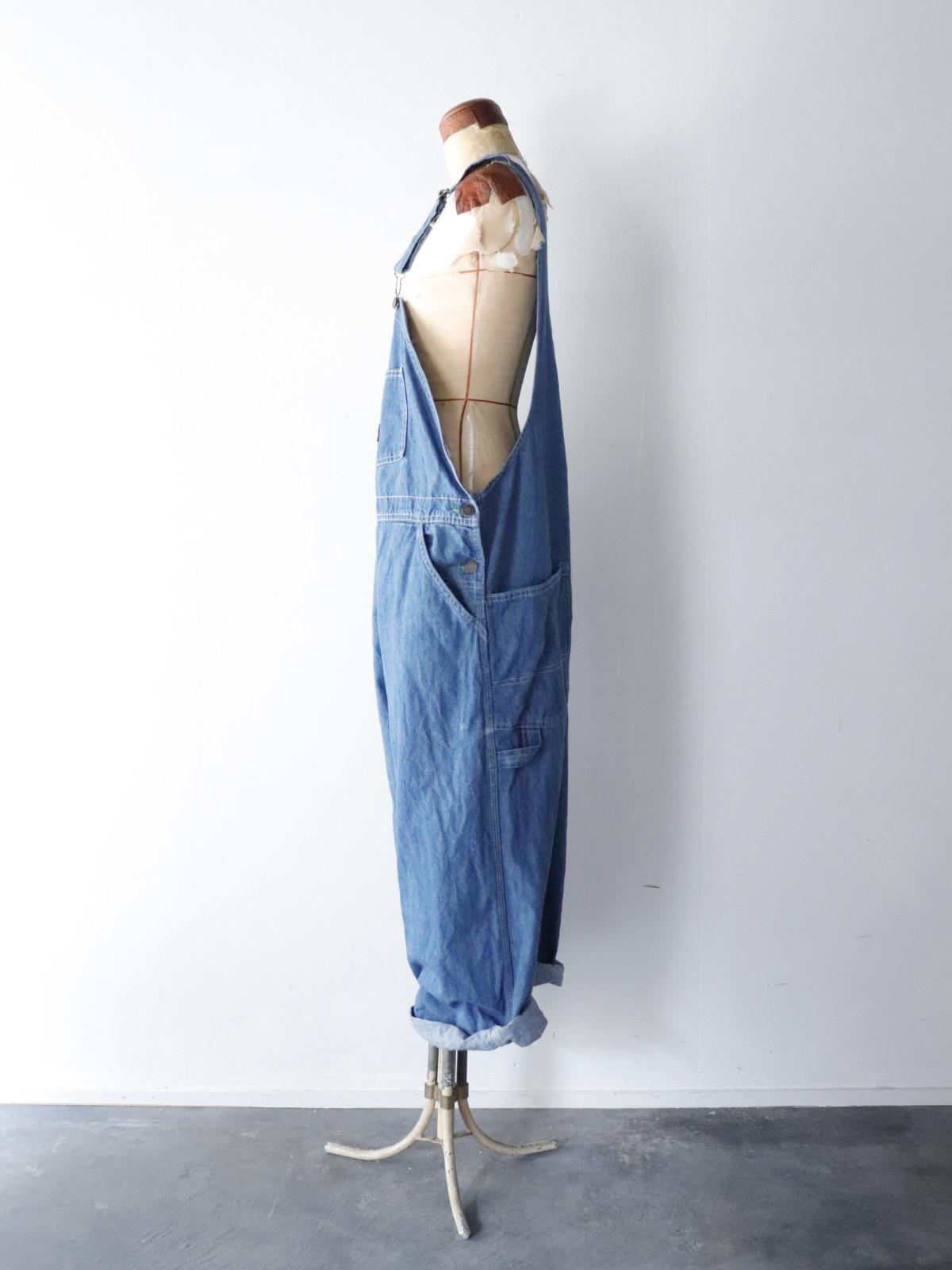 Osh Kosh B'gosh, denim overalls,USA