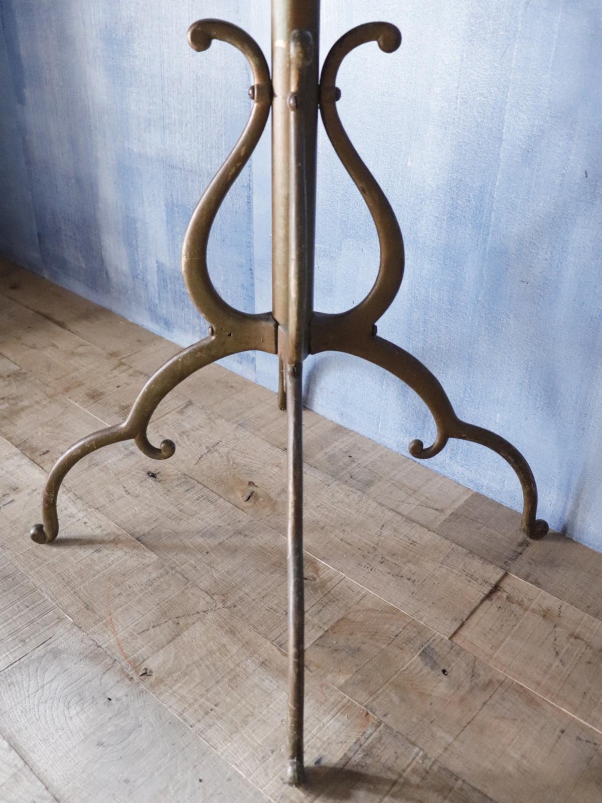 metal, coat hanger rack, USA