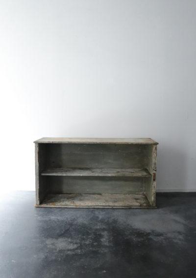 wood shelf,USA,vintage
