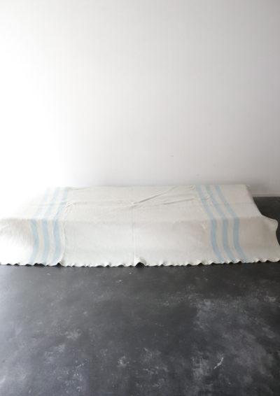 deadstock,Russia,blanket,bleached