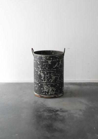 alminum bucket,USA,vintage