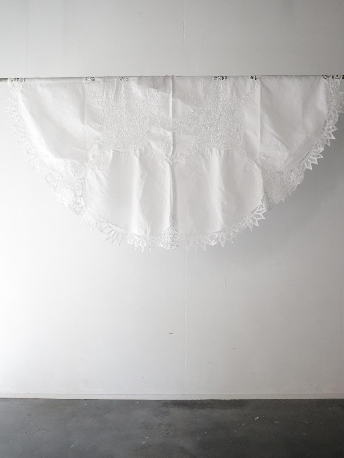 vintage,cotton,torchon lace,France,table cloth