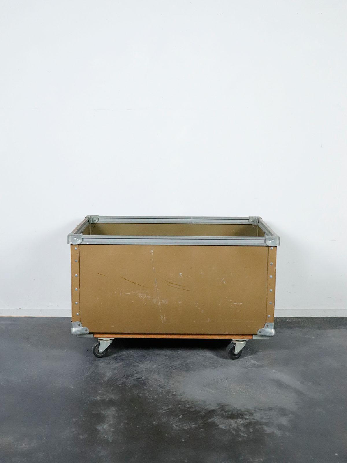 fiber,box cart,vintage,usa