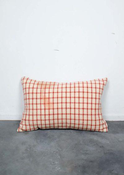 homespun,vintage,wool,Brown remake,cushion,USA